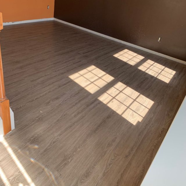 luxury-vinyl-plank-04