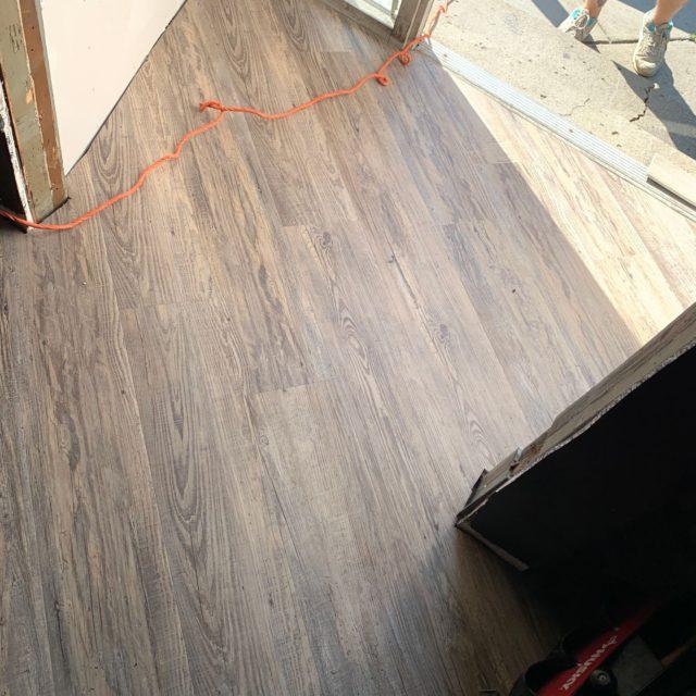 luxury-vinyl-plank-23